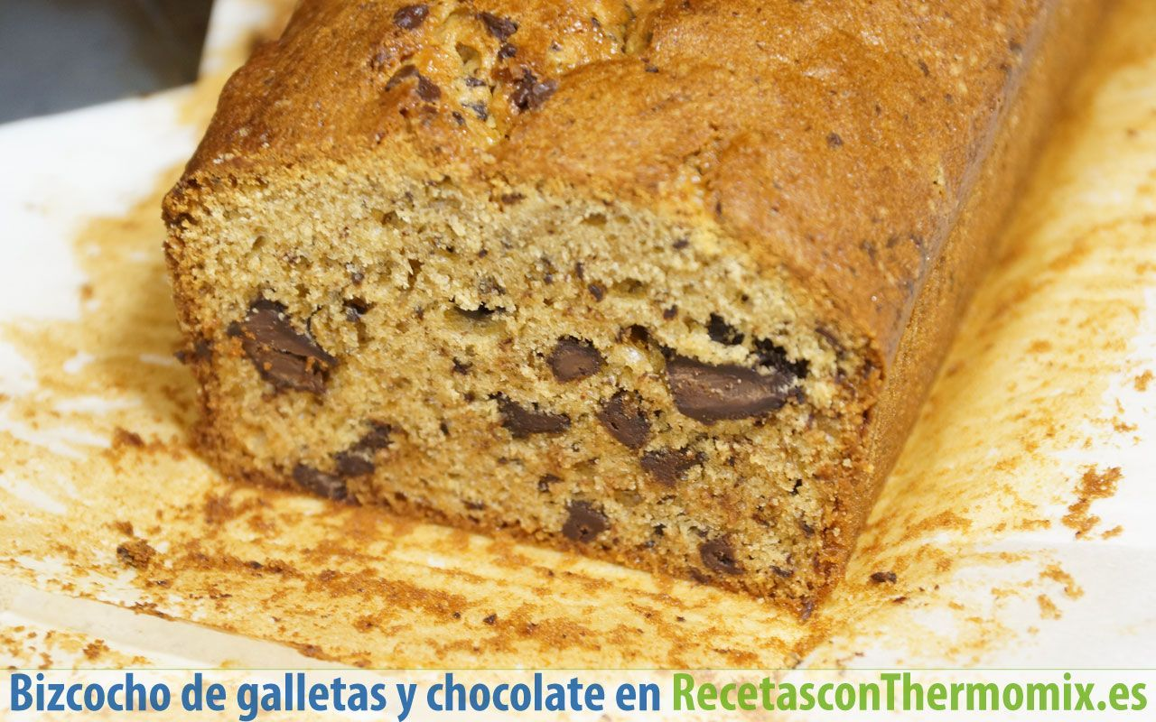 Corte de Bizcocho de galletas y chocolate con Thermomix