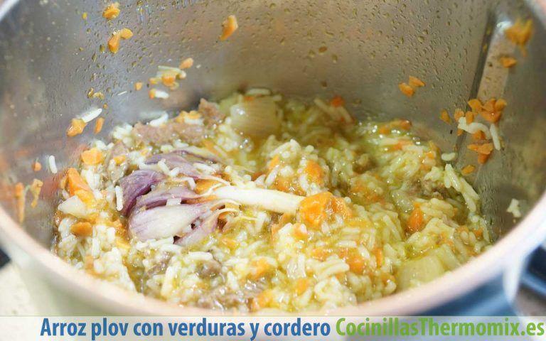 Cómo hacer Plov, arroz con verduras y cordero con Thermomix