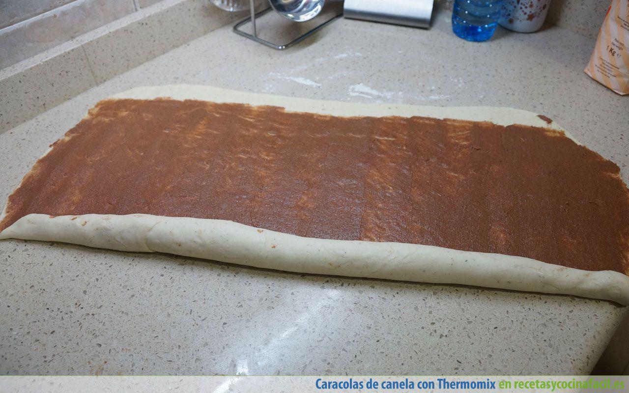 Hacer caracolas de canela con Thermomix