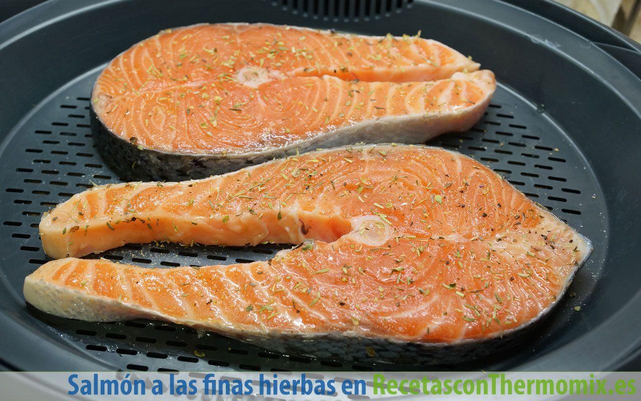Cómo hacer salmón al vapor a las finas hierbas con Thermomix