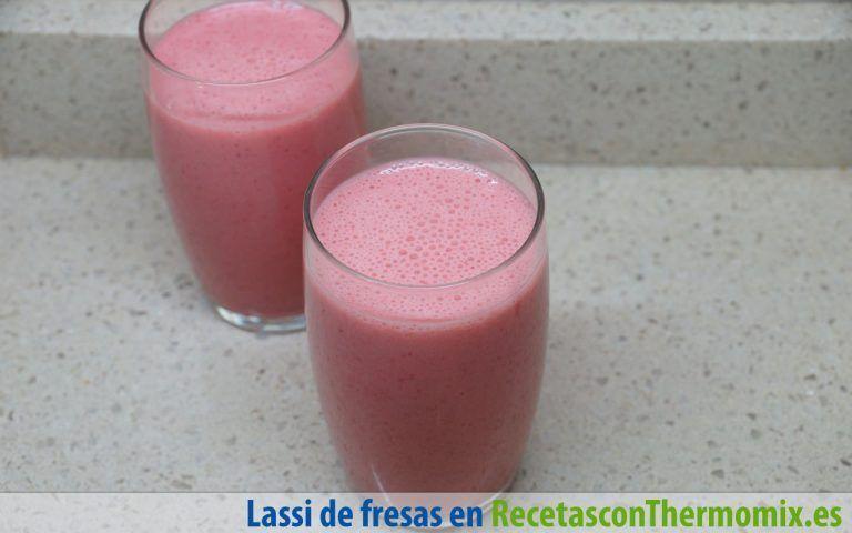 Lassi de fresas con Thermomix