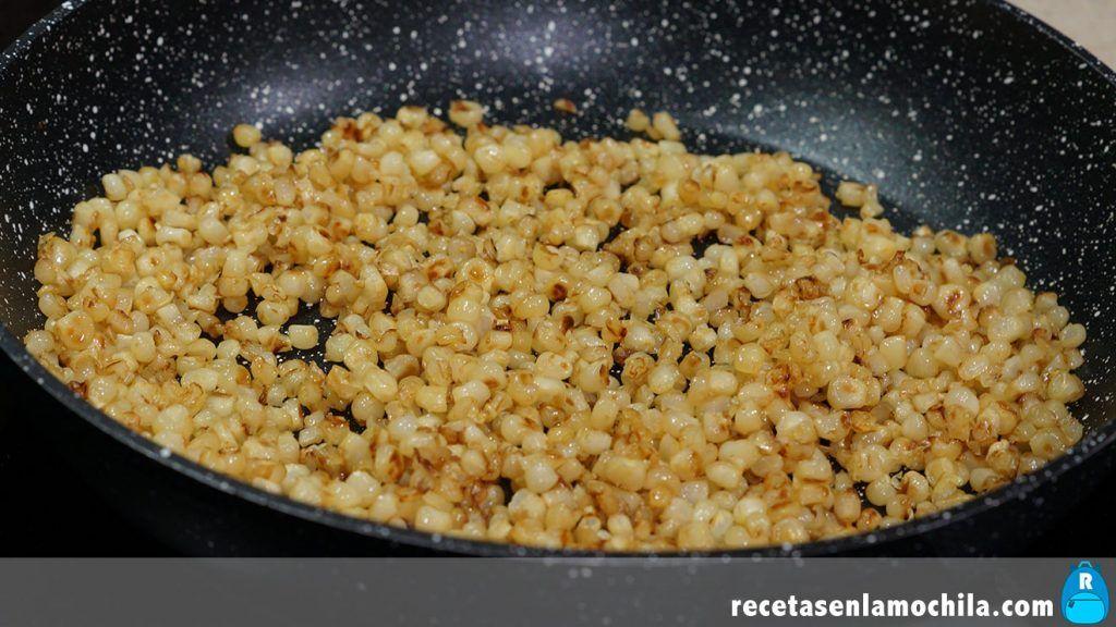 Dacsa o tostones, maíz sofrito