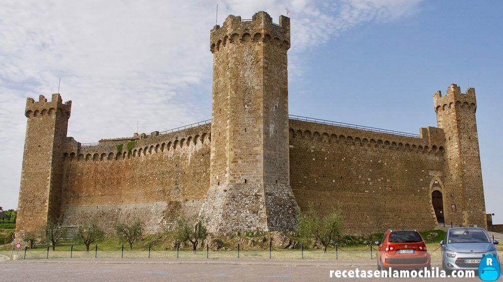 Exterior de la fortezza de Montalcino