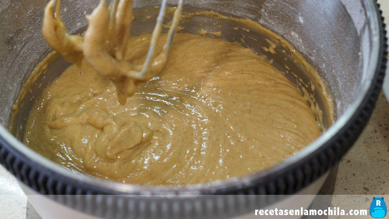 Masa de bizcocho de harina de espelta