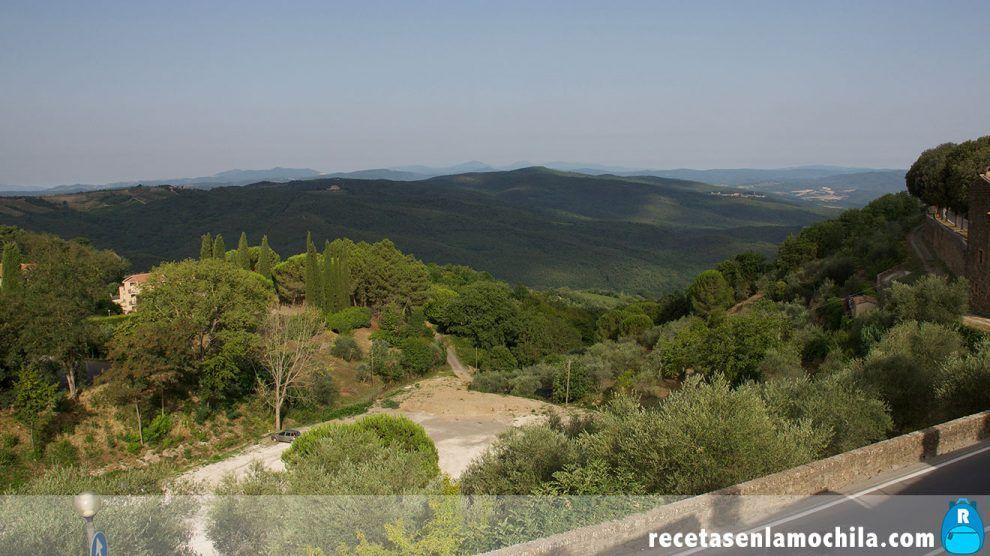 Vistas desde la muralla de Montalcino