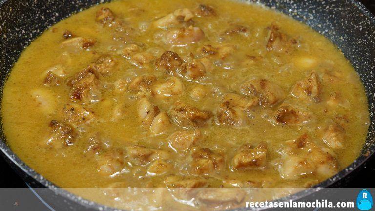 Cómo preparar curry de pollo fácil y rápido