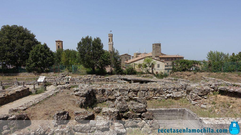 Ruinas etruscas en Volterra