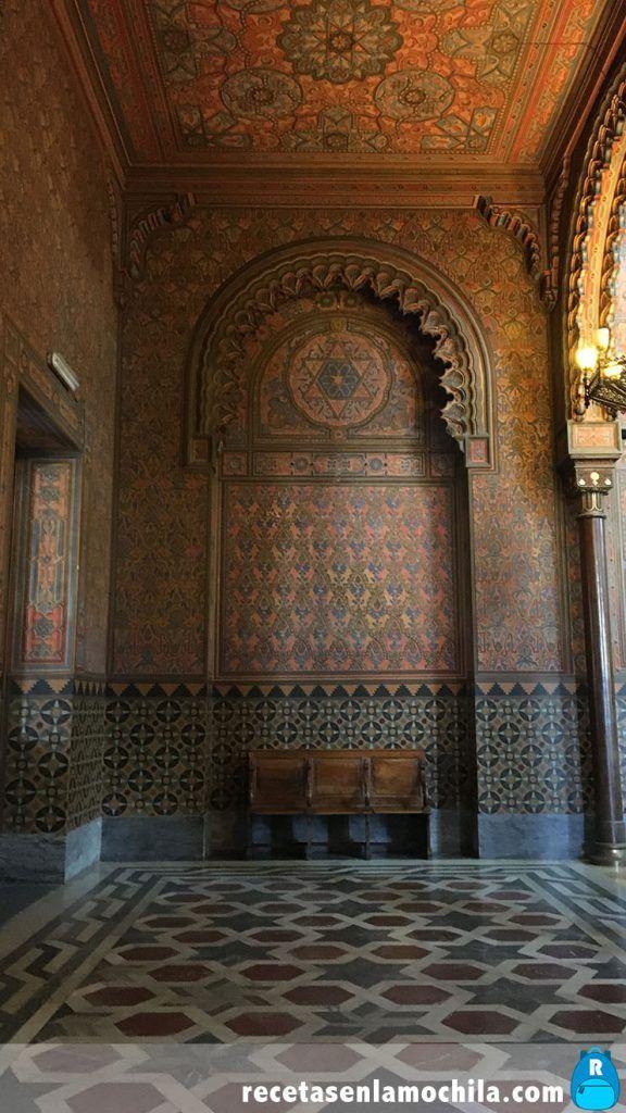 Interior de la gran sinagoga de Florencia