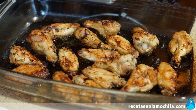 Cómo hacer alitas de pollo al ajillo al horno