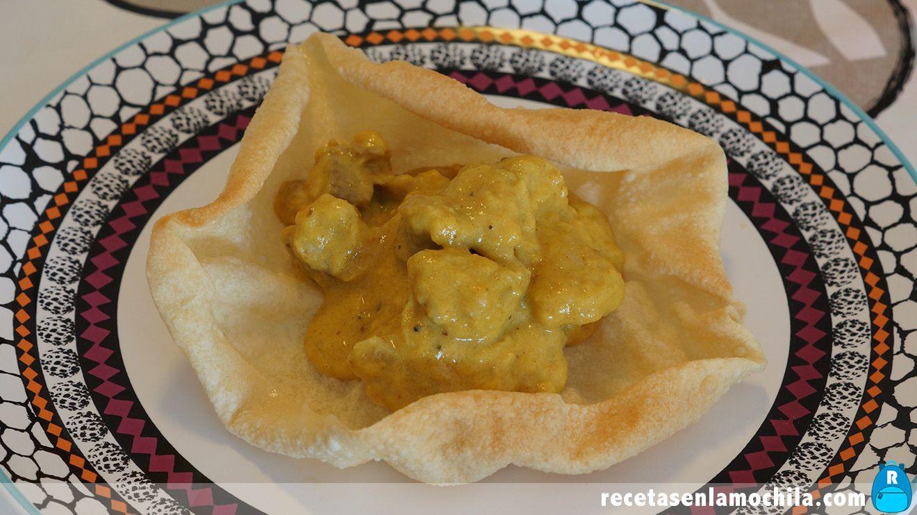 Pollo en salsa de mango y curry