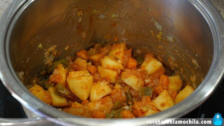 Cómo preparar guiso de sepia con patatas