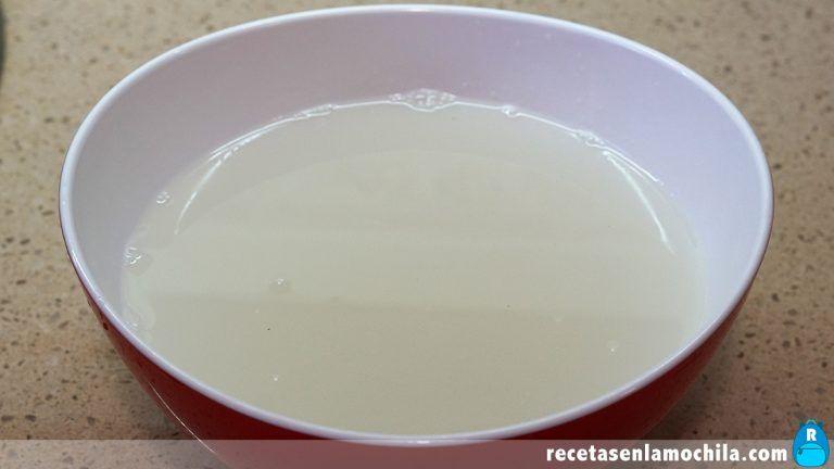 Lavado de arroz blanco estilo japonés