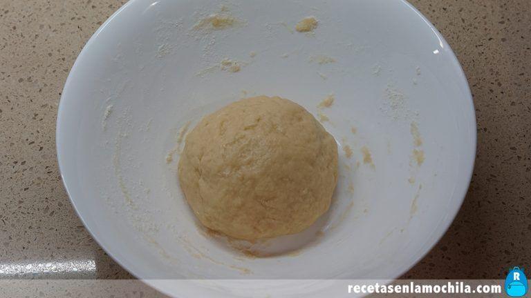 Cómo preparar rollos de anís fritos