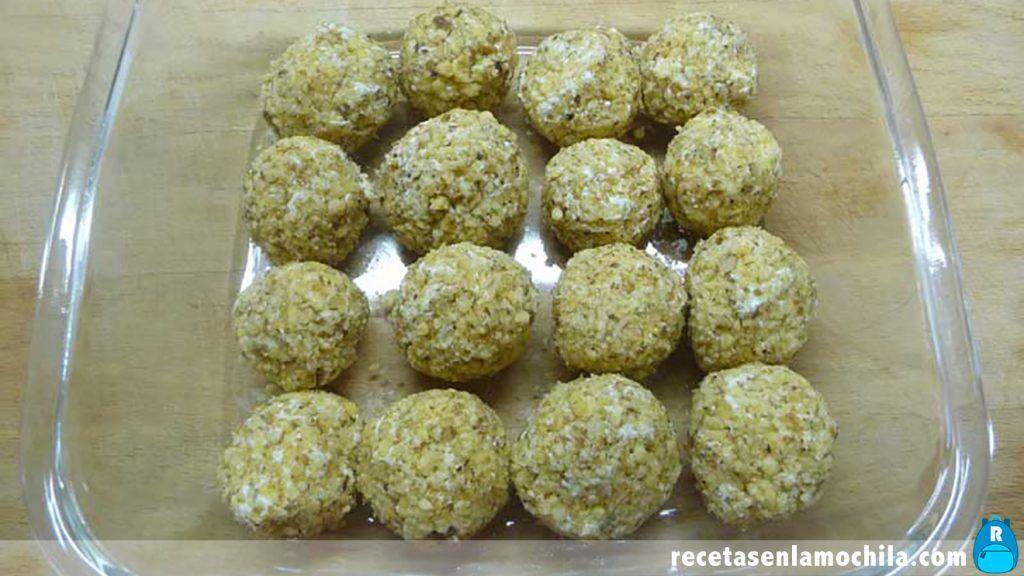 Receta de bolas de queso con nueces en Thermomix